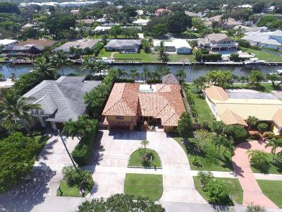 North Palm Beach FL Single Family Home Sold: $900,000