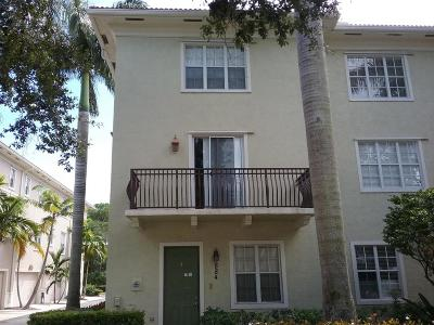 Townhouse Sold: 884 University Boulevard
