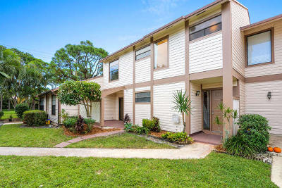 Townhouse Sold: 114 Sherwood Circle #6c