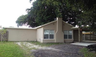 Lake Worth Single Family Home For Sale: 1818 High Ridge Road
