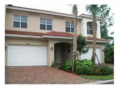 Townhouse Sold: 4926 Vine Cliff Way E