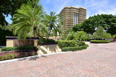 Boca Raton Condo Sold: 901 E Camino Real #10-B