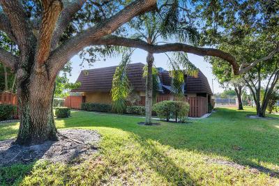 Townhouse Sold: 825 Center Street #53-B