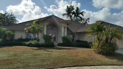 Tequesta Single Family Home Contingent: 9 Bayview Court