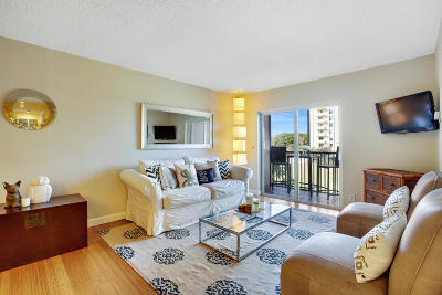 West Palm Beach Condo Sold: 1527 S Flagler Drive #211f