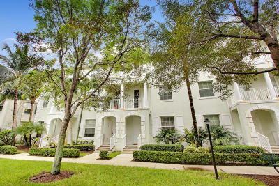 Townhouse Closed: 4313 Savannah Bay Place