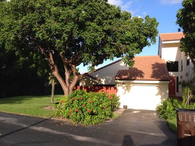 West Palm Beach Rental Leased: 1800 Embassy Drive #135