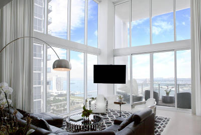 Miami Condo For Sale: 1040 Biscayne Boulevard #2704
