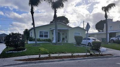 Riviera Beach Single Family Home For Sale: 1035 W 25th Street