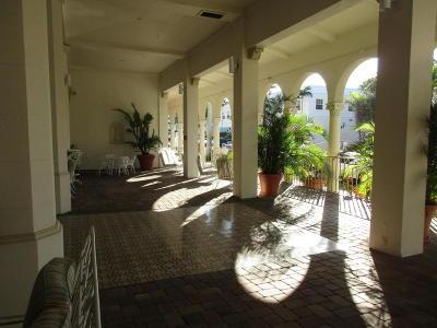 Palm Beach Condo For Sale: 235 Sunrise #1013