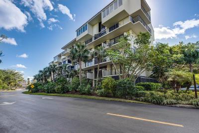 Highland Beach Condo For Sale: 3908 S Ocean Boulevard #M343