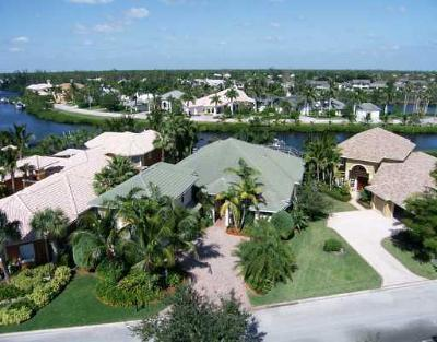 Single Family Home Sold: 8757 SE Compass Island Way