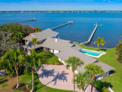 Stuart Single Family Home For Sale: 919 SE Riverside Drive