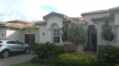 Delray Beach Single Family Home For Sale: 14870 Via Porta