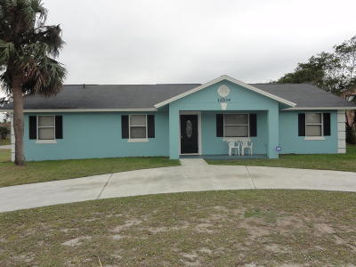 Hobe Sound Single Family Home For Sale: 12204 SE Florida Avenue