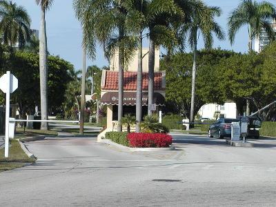 West Palm Beach Condo Sold: 2000 Presidential Way #1403