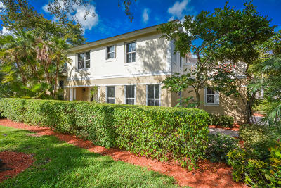 Boca Raton Townhouse For Sale: 5735 NW 40th Way