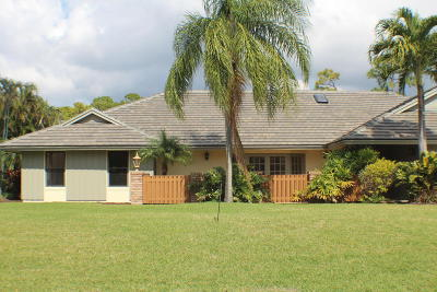 Atlantis Single Family Home For Sale: 452 Glenbrook