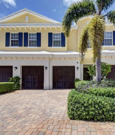 North Palm Beach Townhouse For Sale: 221 Mariner Court
