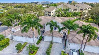 Juno Beach Townhouse For Sale: 412 Coral Cove Drive #412