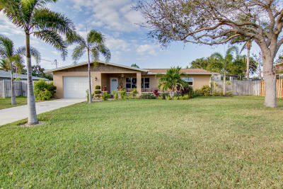 Fort Pierce Single Family Home For Sale: 1672 Thumb Point Drive