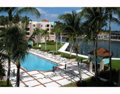 Mizner Court, Mizner Court Cond I, Mizner Court Condo, Mizner Court Condominium Condo For Sale: 140 SE 5th Avenue #447