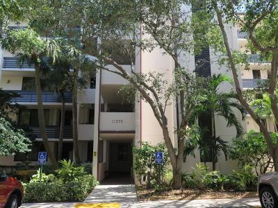 North Palm Beach Condo For Sale: 11370 Twelve Oaks Way #416