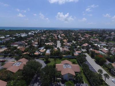 Jupiter Townhouse For Sale: 127 Seabreeze Circle #127