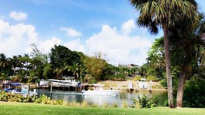 North Palm Beach Condo For Sale: 342 Southwind Drive #113