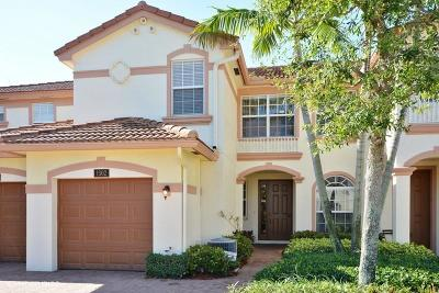 Delray Beach Townhouse For Sale: 16137 Poppyseed Circle #1502