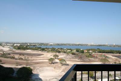 West Palm Beach Condo Sold: 2425 Presidential Way #Ph1