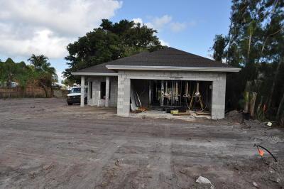 Jupiter Single Family Home For Sale: 17696 Carver Avenue