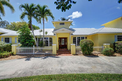 Boynton Beach Single Family Home For Sale: 3815 S Lake Drive