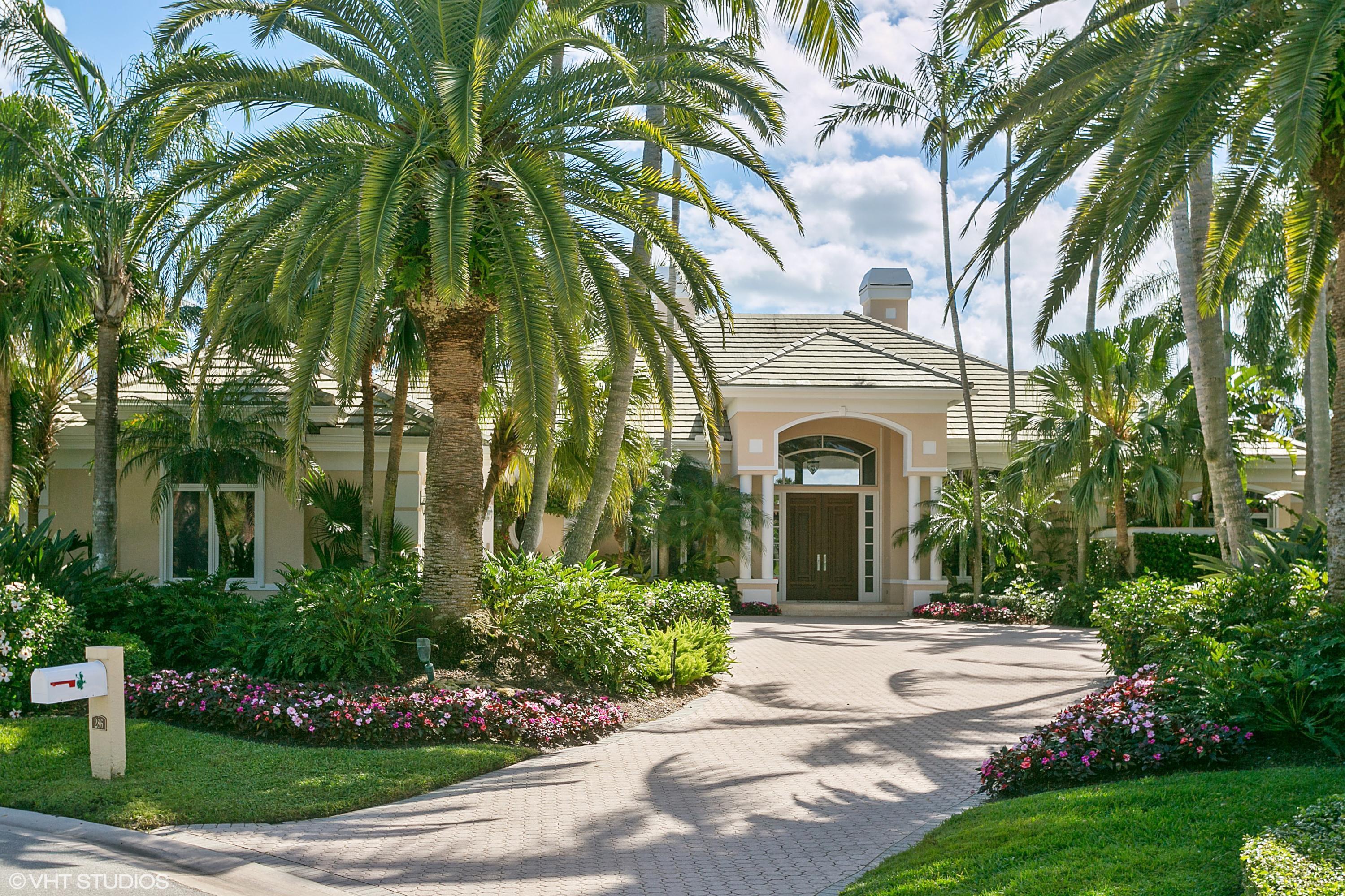 Listing: 286 Locha Drive, Jupiter, FL.  MLS# RX-10320955   Palm ...