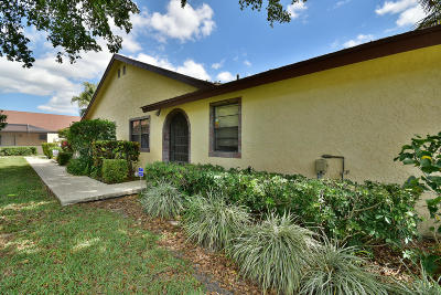 Boca Raton Single Family Home For Sale: 23359 Barlake Drive