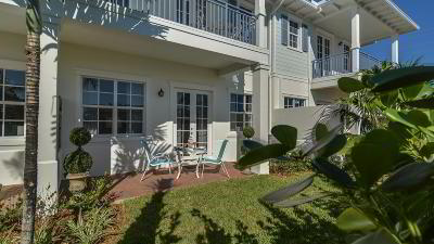 Juno Beach Townhouse For Sale: 144 Ocean Breeze Drive