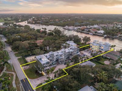 North Palm Beach Townhouse For Sale: 1027 Harbor Villas Drive #3