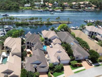 Juno Beach Single Family Home For Sale: 605 Oak Harbour Drive