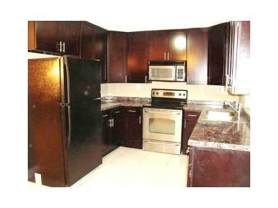 Pompano Beach Single Family Home For Sale: 1661 Cypress Road