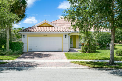 Port Saint Lucie Single Family Home For Sale: 10988 SW Hartwick Drive