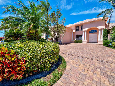 Singer Island Single Family Home For Sale: 1070 Fairview Lane