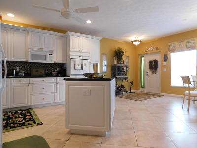 Port Saint Lucie FL Condo Closed: $138,000