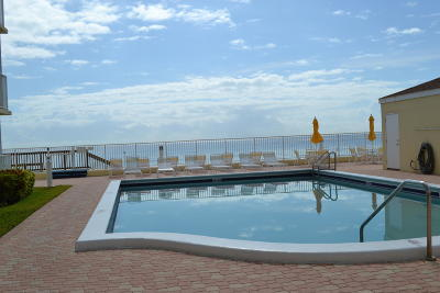 South Palm Beach Condo For Sale: 3540 S Ocean Boulevard #410