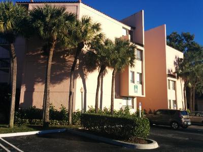 West Palm Beach Condo Sold: 2000 Congress Avenue #407