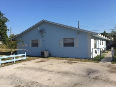 Lantana Multi Family Home For Sale: 1215 Alto Road