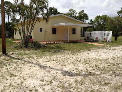 Loxahatchee Groves Single Family Home For Sale: 14844 Gruber Lane