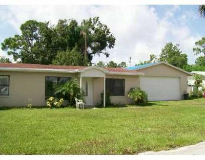 Palm City Single Family Home For Sale: 1026 SW 37th Street