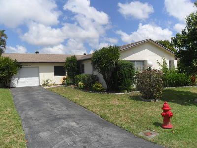 Lake Worth Single Family Home For Sale: 7228 W Pine Park Drive