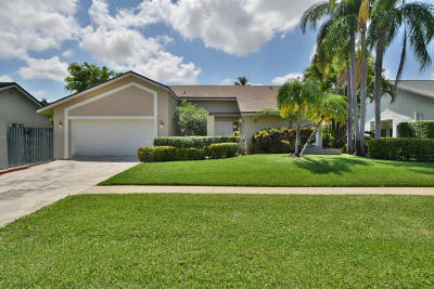 Boca Raton Single Family Home For Sale: 7485 Malibu Crescent