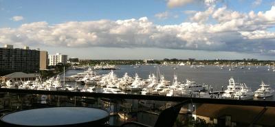 North Palm Beach Condo For Sale: 100 Lakeshore Drive #654